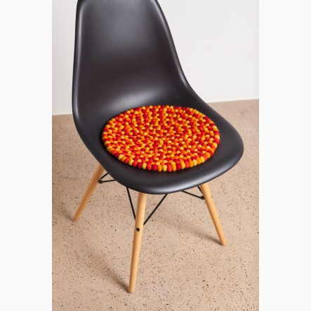 myfelt Loni Seat Pad made of orange and red felt balls, round, Ø 36 cm